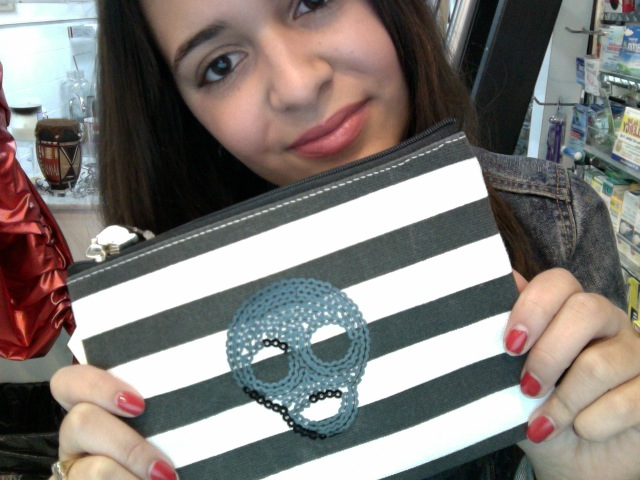 cosmetic make up bag to keep your Lioele collection in as you go through your NYC day