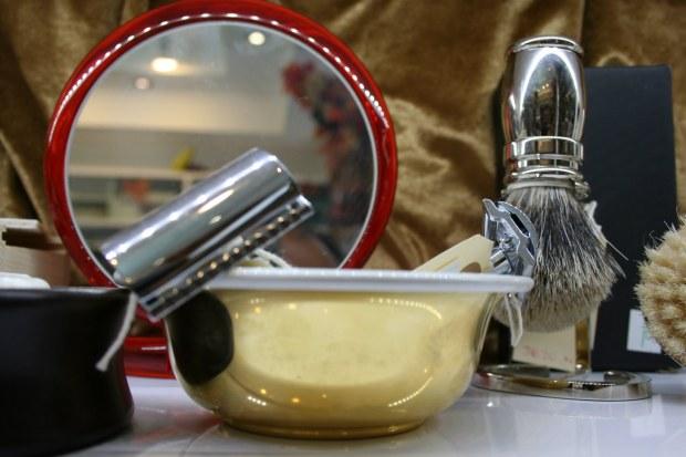 men's shaving accessories